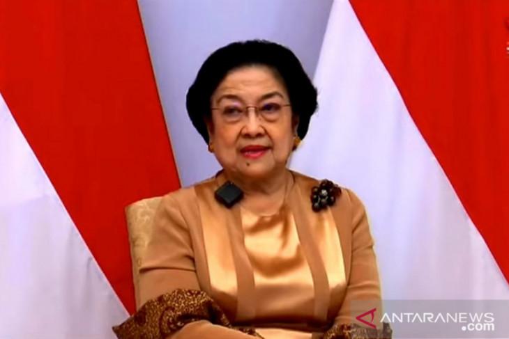Megawati prihatin Presiden Jokowi kerap dikritik tidak beretika