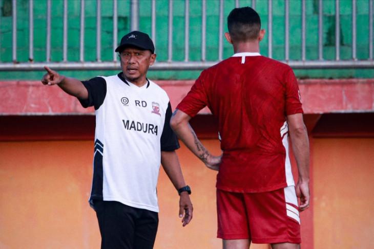 Walau menang atas PSS, RD:  Madura United kurang agresif