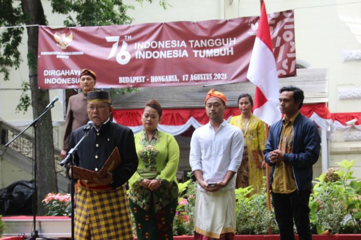 WNI di Hongaria peringati HUT RI dengan doa bersama untuk Indonesia