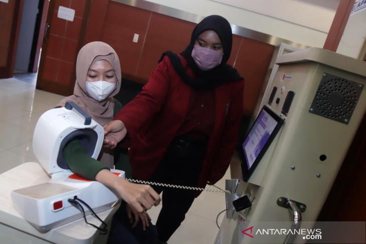 Bantu pasien dan nakes lakukan pemeriksaan kesehatan, ITTS ciptakan APKM