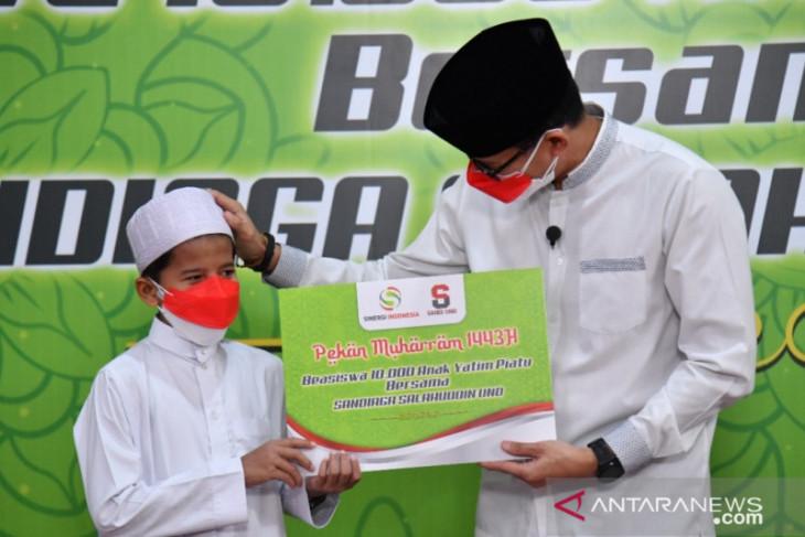 Sandiaga Uno sebar 10 ribu beasiswa bagi anak yatim