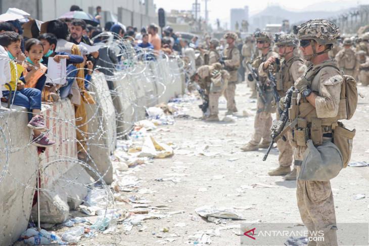 Tentara tewas di bandara Kabul, AS siap hadapi ISIS