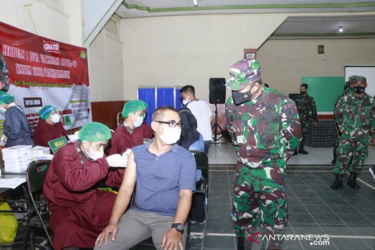 TNI Angkatan Darat di Kalsel pusatkan pelaksanaan vaksinasi di RS Soeharsono