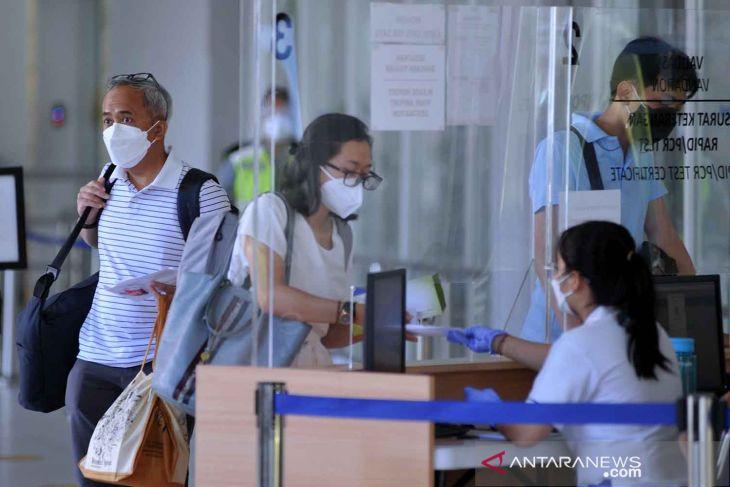 Tidak mau kecolongan, Luhut: Pintu masuk pejalan internasional dibatasi