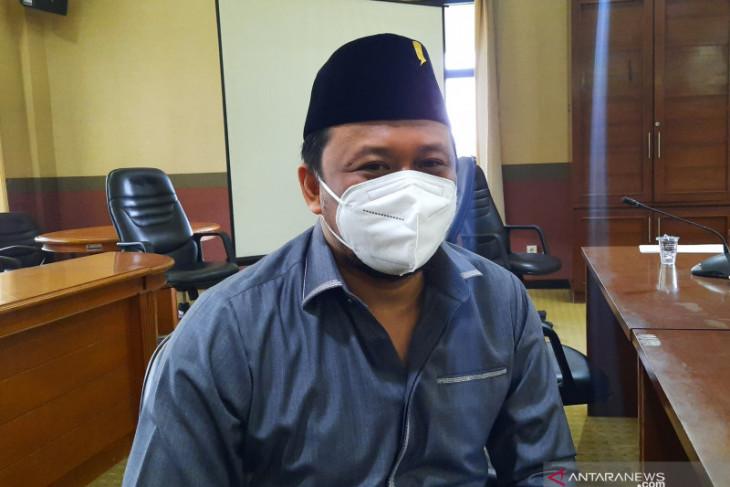 DPRD Kabupaten Tangerang minta Dinkes pantau penerapan tarif tes PCR