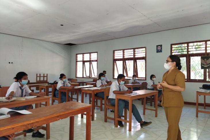 Disdik Kalbar minta pihak sekolah intensifkan Satgas COVID-19 selama PTM