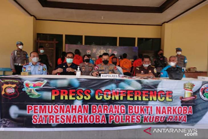 Polres Kubu Raya musnahkan barang bukti narkoba, fokus perairan