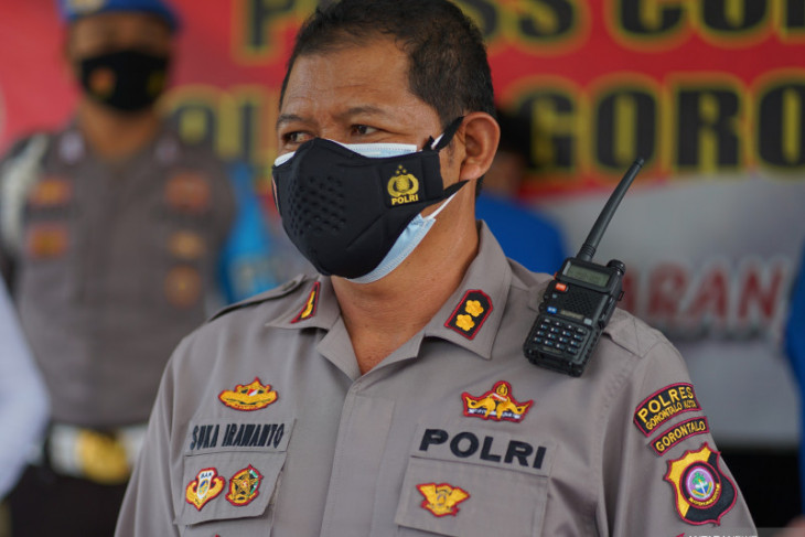 Polres Gorontalo Kota lakukan penyekatan sejumlah ruas jalan