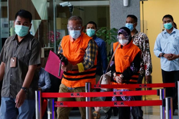 KPK limpahkan berkas dua terdakwa suap banprov untuk  Indramayu