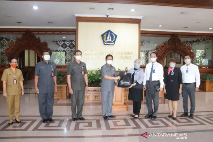 Pemkab Badung terima bantuan sembako untuk warga dari perbankan