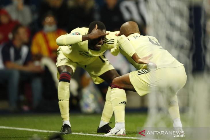 Arsenal lanjut ke putaran ketiga Piala Liga setelah pesta gol lawan West Brom