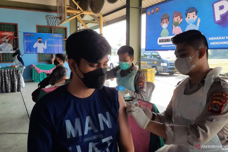 Kominfo dampingi operator desa gunakan aplikasi pelaporan vaksinasi