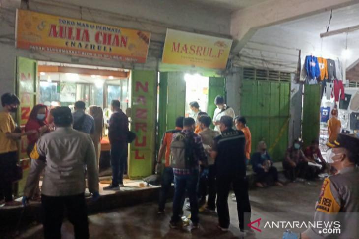 Perampok bersenjata api satroni toko  emas di Simpang Limun Medan