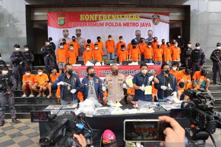 Polda Metro Jaya tangkap 36 pencuri sepeda motor bersenjata api