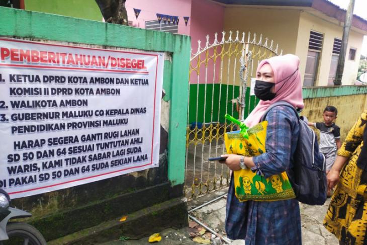 Pemkot Ambon berupaya selesaikan masalah penyegelan dua sekolah