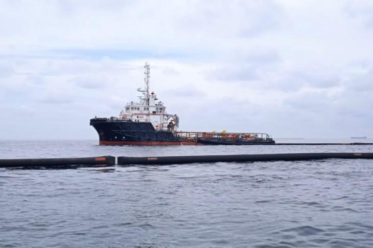 Anggota DPRA minta Pemprov lapor Menteri ESDM soal gelembung minyak di laut Langsa