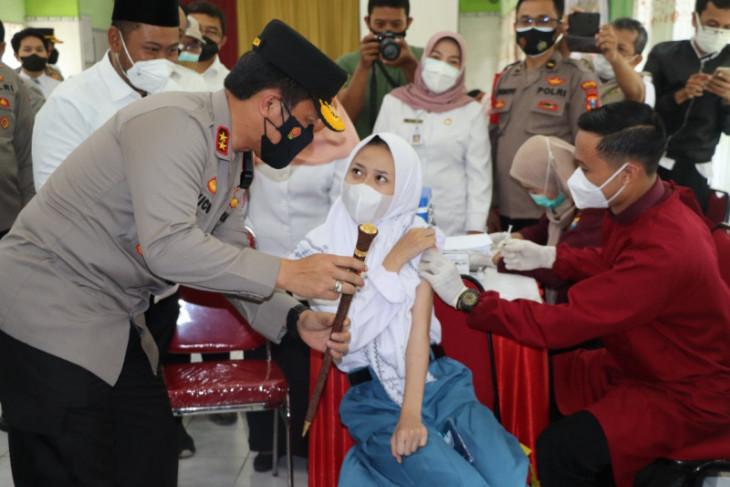 Sebanyak dua juta dosis vaksin telah masuk Jatim