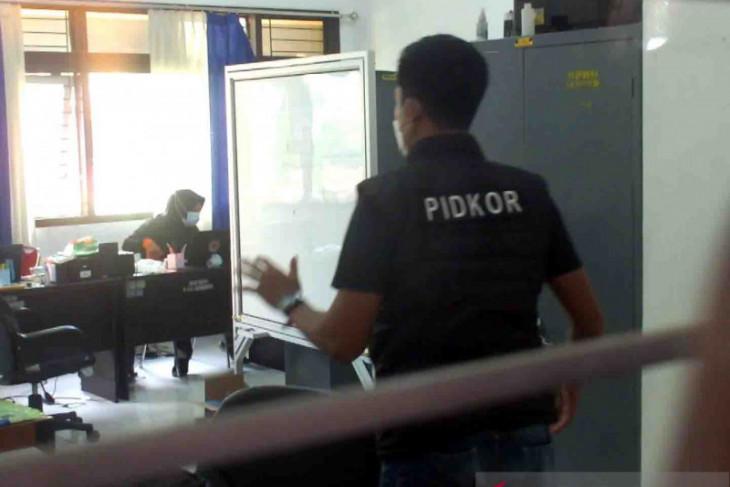 Polisi geledah Kantor BPBD Jember untuk dalami dugaan korupsi