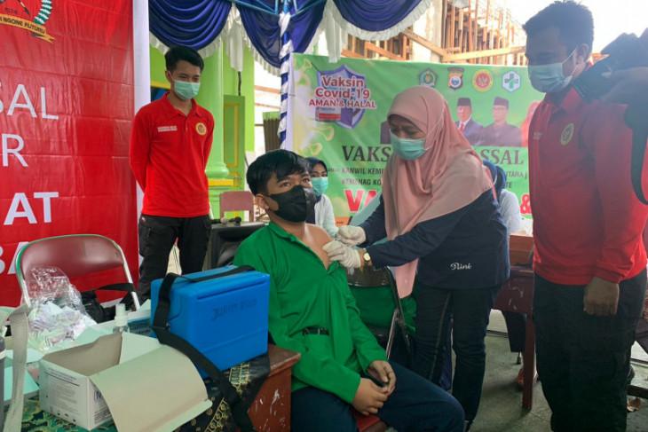 BIN genjot vaksinasi COVID-19 khusus pelajar di Malut perangi corona