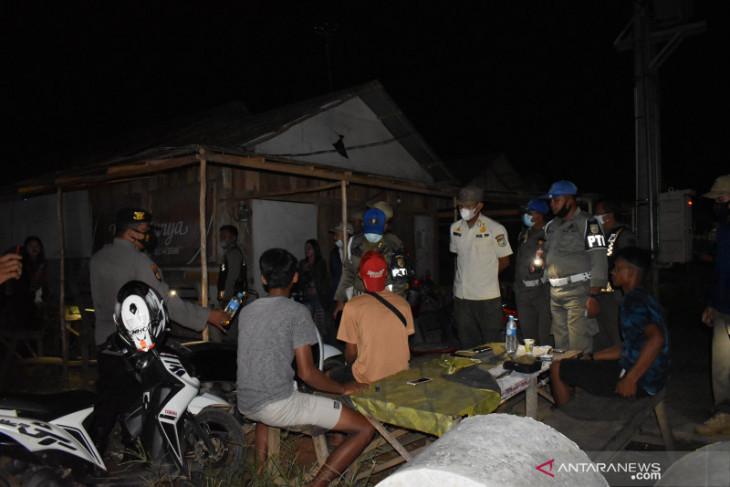 Tim Satgas Penanganan COVID-19 Tanah Laut kembali temukan 15 orang tanpa gunakan masker