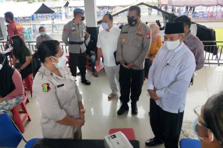 Tokoh agama beri dukungan vaksinasi COVID-19 di GVP Polda Maluku perangi corona