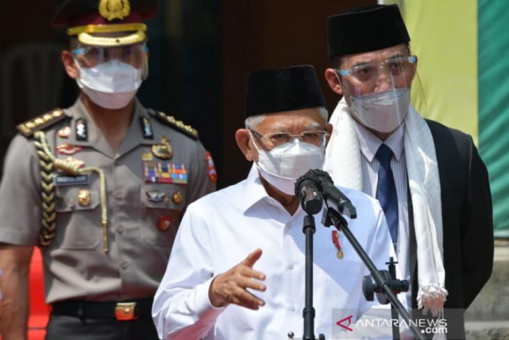 Wapres Ma'ruf  Amin dorong vaksinasi di pesantren capai 100 persen