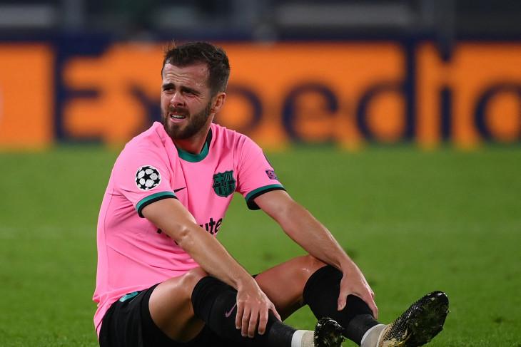 Barcelona pinjamkan Pjanic ke Besiktas