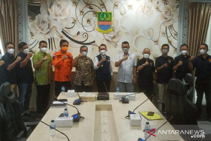 Bupati Bekasi minta kontribusi swasta untuk majukan prestasi olahraga