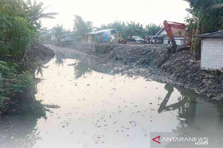 600 hektare sawah Bekasi alami kekeringan