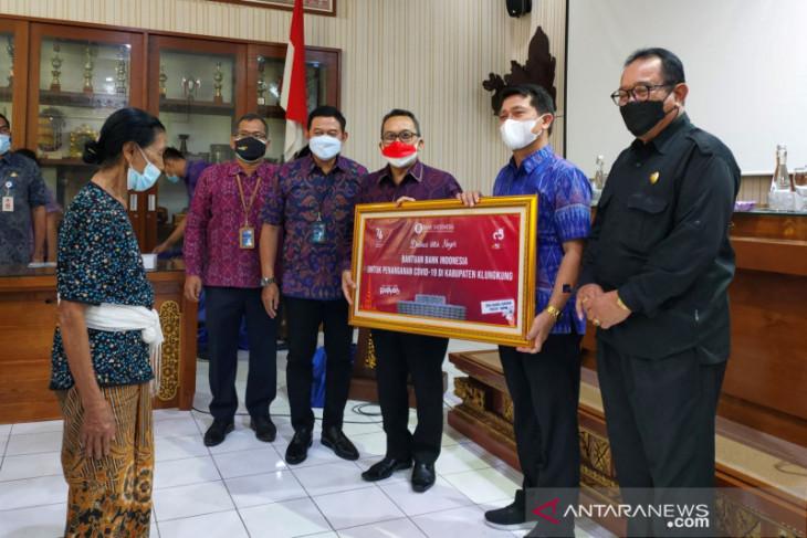 BI Bali bantu beras untuk masyarakat Klungkung dan PHRI Bali