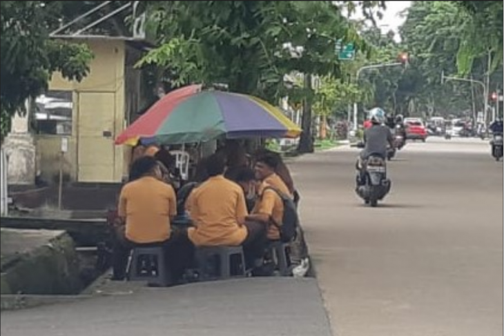 Pemkot Pontianak diminta awasi pelajar agar tak berkumpul usai PTM