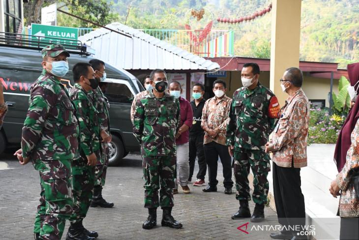 Danrem 082/CPYJ tinjau lokasi TMMD di Desa Duyung Mojokerto