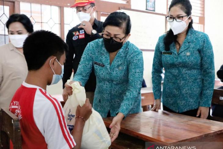 PKK Bali minta petugas