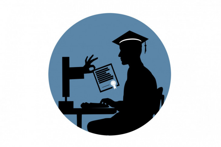 1,100 university students to receive digital skills training