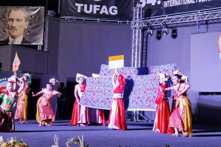 Tim Indonesia juara kedua lomba tari di Turki