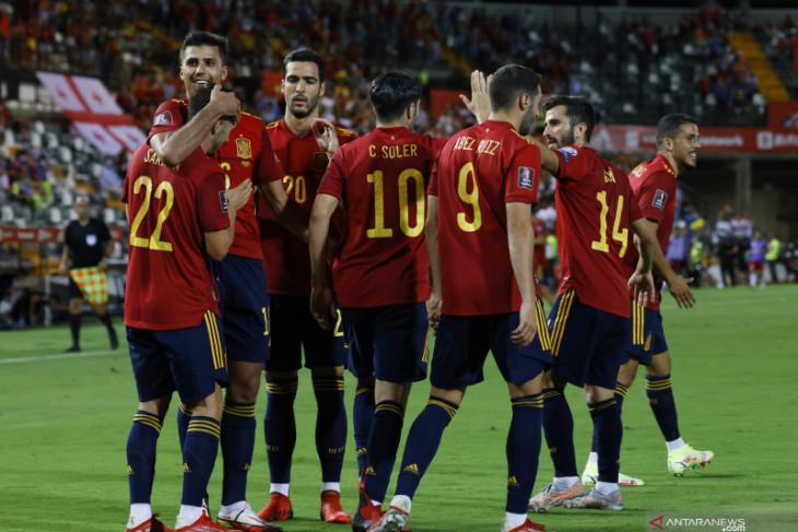 Spanyol kembali ke jalur kemenangan saat hancurkan Georgia 4-0
