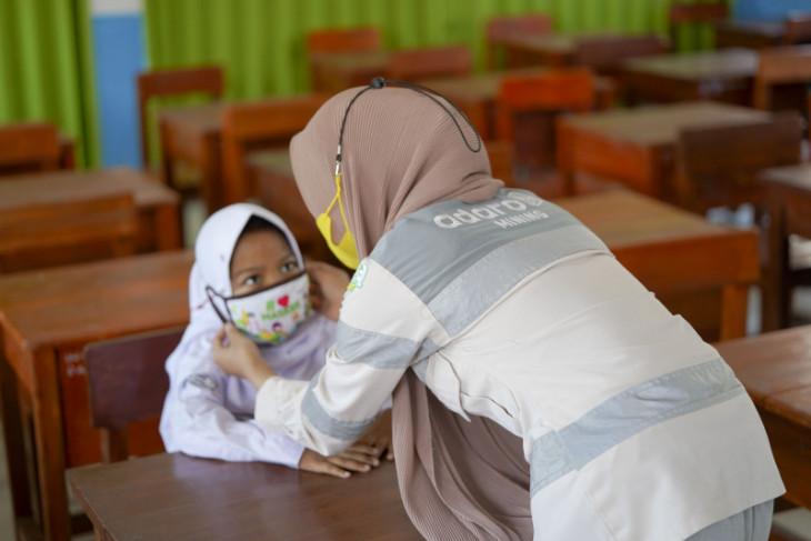 Dukung persiapan tatap muka, MIP bagikan masker cinta