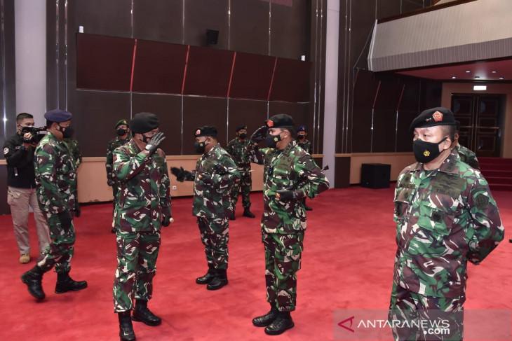 Sebanyak 25 perwira tinggi TNI naik pangkat