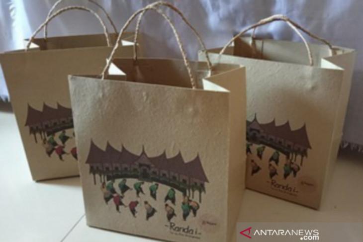 Inovasi baru, tas jinjing dari ampas tebu karya mahasiswa IPB