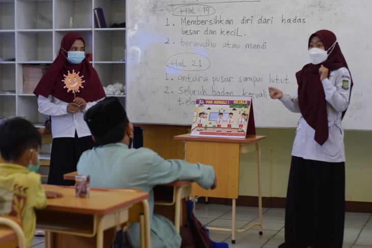 PMI Kota tangerang bantu sosialisasi PPTM ke sekolah