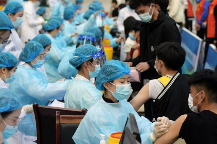 China bantah perempuan tewas usai dosis kedua vaksin