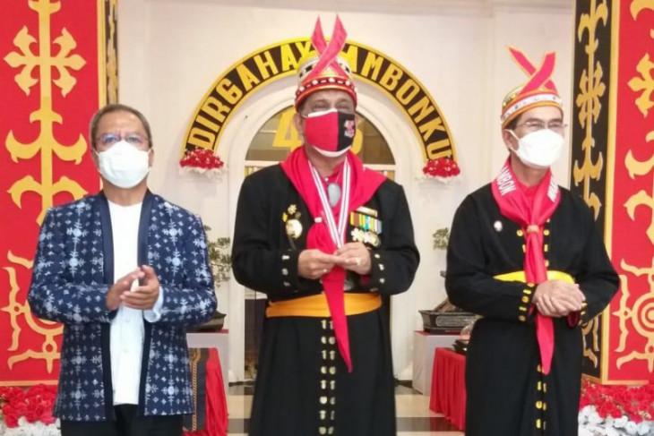 Capaian vaksinasi tenaga pendidik tinggi Ambon siap terapkan PTM intensifkan Prokes