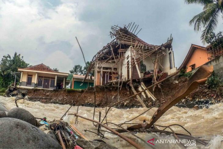 BMKG peringatkan 19 provinsi berpotensi terdampak banjir bandang