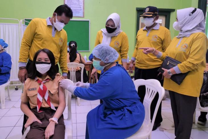 Pemkot Madiun gelar vaksinasi ribuan siswa SMP