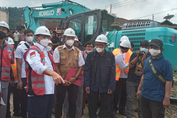 Pemprov Banten kucurkan Rp150 miliar perbaiki jembatan dampak banjir  Selatan