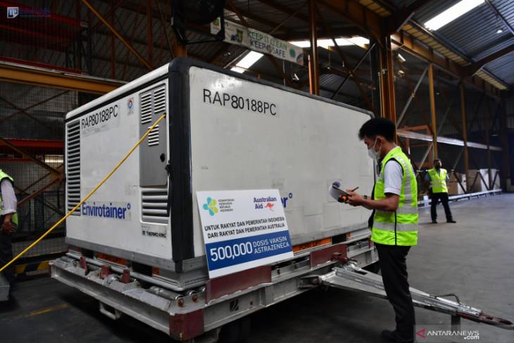 500 thousand AstraZeneca vaccines from Australia arrive in Indonesia