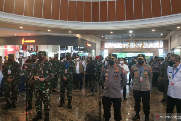 Panglima TNI dan Kapolri dorong percepatan vaksinasi di Kalbar