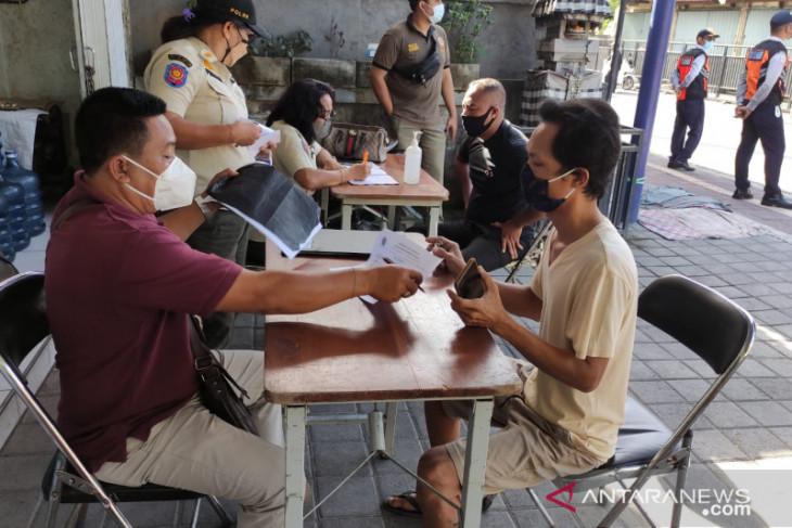 Tim Yustisi Denpasar tindak pelanggar prokes