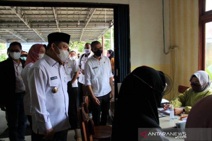 Ria Norsan apresiasi vaksinasi digagas pemuda Singkawang