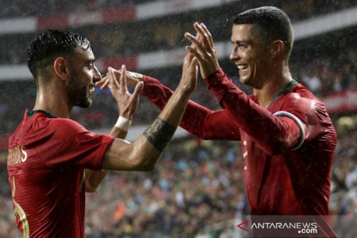 Fernandes yakin kedatangan Ronaldo bawa MU semakin dekat raih trofi